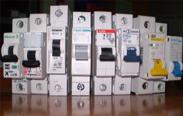 Выбор выключателя по току