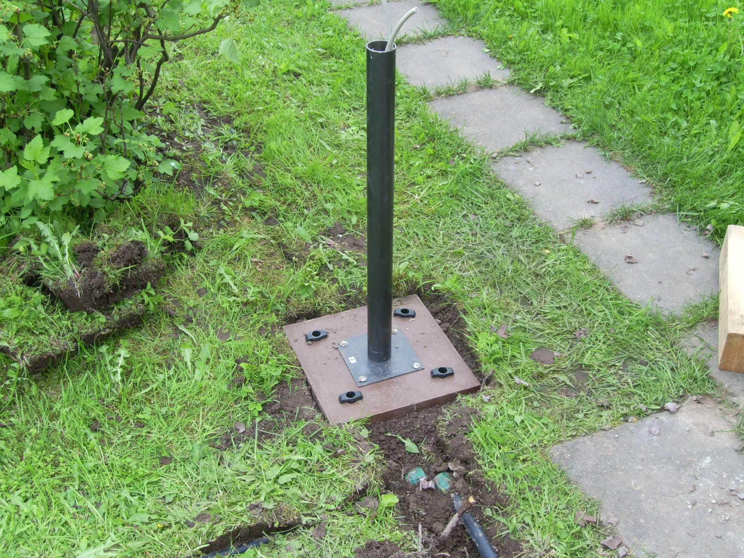 Прокладка кабеля в земле на дачном участке