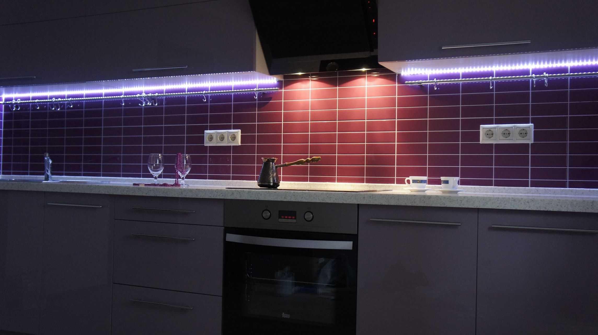 Светодиодные светильники для кухни под шкафы