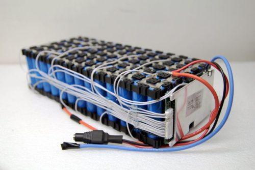 как соединить аккумуляторы 18650