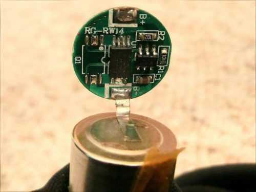 литий-ионный аккумулятор-внутри