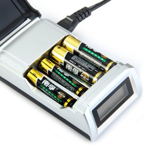 заряжать аккумуляторные-батарейки