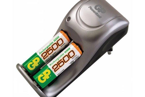 заряжать аккумуляторные батарейки